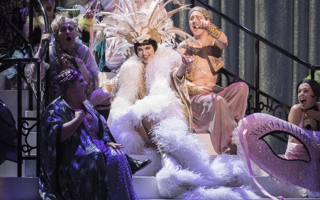 Die Fledermaus – Canadian Opera Company